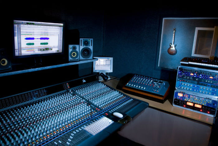 become a music producer with almost no budget